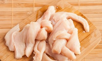 Горячий салат с курицей - фото шаг 1