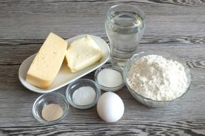 Рогалики с сыром из дрожжевого теста - фото шаг 1