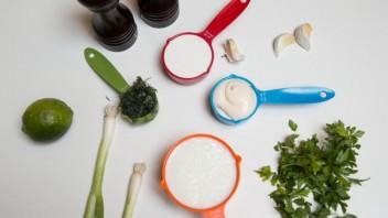 Заправка для овощного салата - фото шаг 1