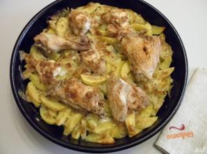 Картошка с курицей в духовке под соусом - фото шаг 9