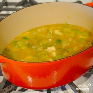 Суп из тыквы с картофелем и луком-пореем - фото шаг 4