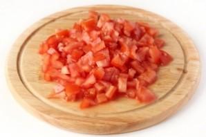 Крабовый салат с помидорами - фото шаг 2