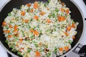 Жареный рис с курицей - фото шаг 8