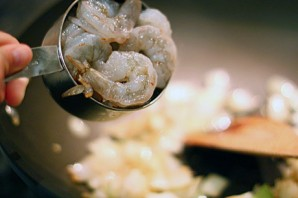 Креветки в кисло-сладком соусе - фото шаг 3
