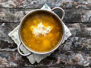 Сырный суп с зеленым горошком - фото шаг 6
