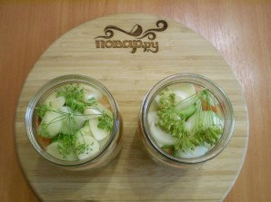 Салат из помидоров и огурцов на зиму - фото шаг 5