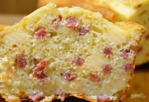 Закусочный кекс с сыром и колбасой - фото шаг 4
