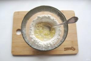 Тесто для вареников на минералке - фото шаг 6