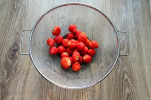 Варенье из клубники с красной смородиной на зиму - фото шаг 2