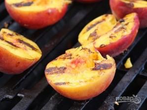 Жареные персики на гриле - фото шаг 3