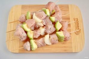 Куриный шашлык по-гречески с соусом - фото шаг 4