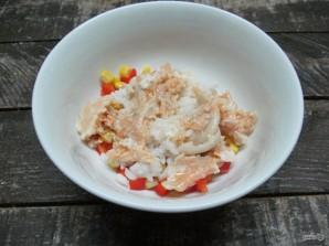 Блинчики с консервированным лососем и рисом  - фото шаг 5
