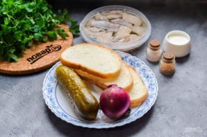 Голландские бутерброды с селедкой