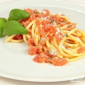 Спагетти с помидорами - фото шаг 6