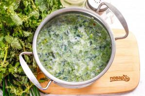 Молочный суп с крапивой - фото шаг 7