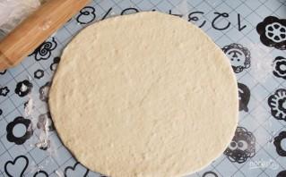 Пицца с маслинами - фото шаг 7