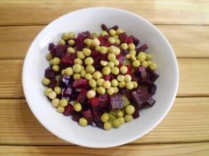 Салат к вареникам - фото шаг 5