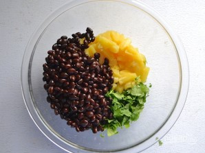 Салат с ананасом - фото шаг 4