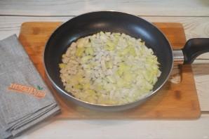Мясные ватрушки с грибами и сыром - фото шаг 4