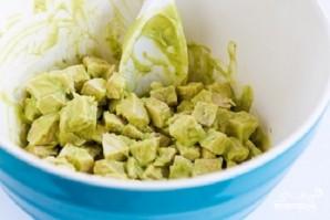 Салат с бобами и курицей - фото шаг 7