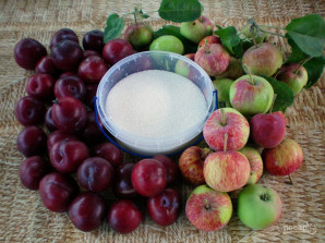 Яблочно-сливовое варенье - фото шаг 1