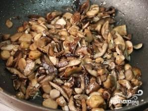 Рис с грибами в горшочках - фото шаг 4