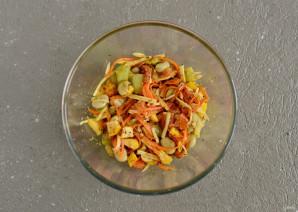 Салат из жареных овощей - фото шаг 6