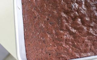 Простой шоколадный бисквит - фото шаг 11