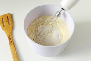 Пирог с мандаринами на кефире - фото шаг 6