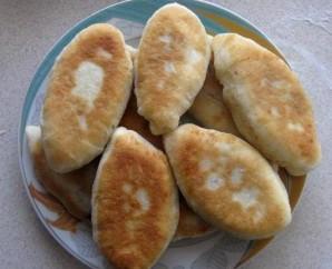 Пирожки с вишней на кефире - фото шаг 12