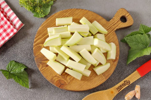 Маринованные кабачки с лимонной кислотой на зиму - фото шаг 2