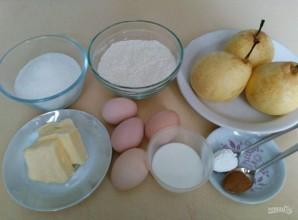 Трёхслойный фруктовый пирог с меренгой - фото шаг 1