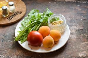 Салат из абрикосов с помидорами - фото шаг 1