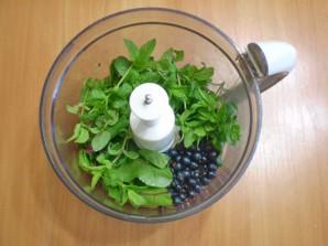 Зеленый коктейль с мятой - фото шаг 2