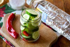 Зимний салат со свежим огурцом - фото шаг 4