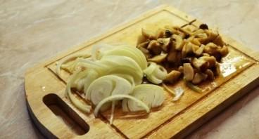 Говядина с белыми грибами - фото шаг 2