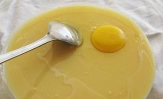 Пирог на сковороде сладкий - фото шаг 1