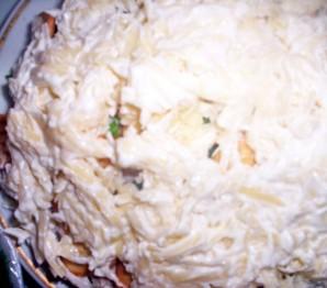 Рыбный салат с крекерами - фото шаг 6