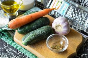 Огурцы по-корейски с морковью - фото шаг 1