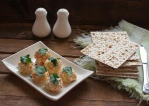 Еврейская закуска из сыра - фото шаг 6