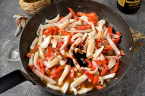 Кальмары по-тайски