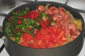 Тушеные овощи с сосиской - фото шаг 7