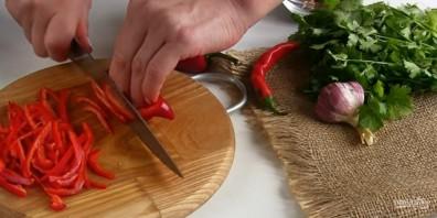 """Салат """"Тбилиси"""" с фасолью и говядиной - фото шаг 2"""