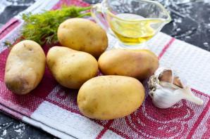 Молодой картофель с укропом - фото шаг 1