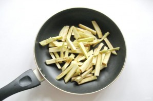 Салат из баклажанов и огурцов - фото шаг 1