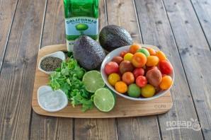Салат из авокадо - фото шаг 1