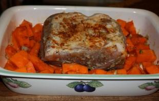 Тыква со свининой в духовке - фото шаг 3