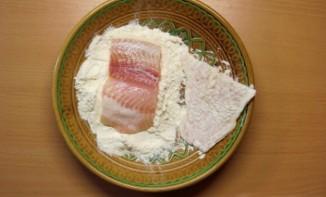 Пангасиус на сковороде - фото шаг 2