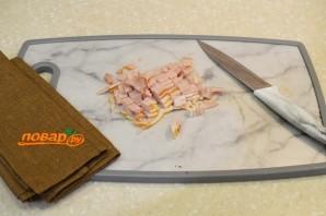 Фасолевый салат с сухариками - фото шаг 1