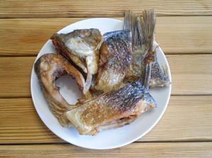 Жареная рыба с картошкой - фото шаг 7